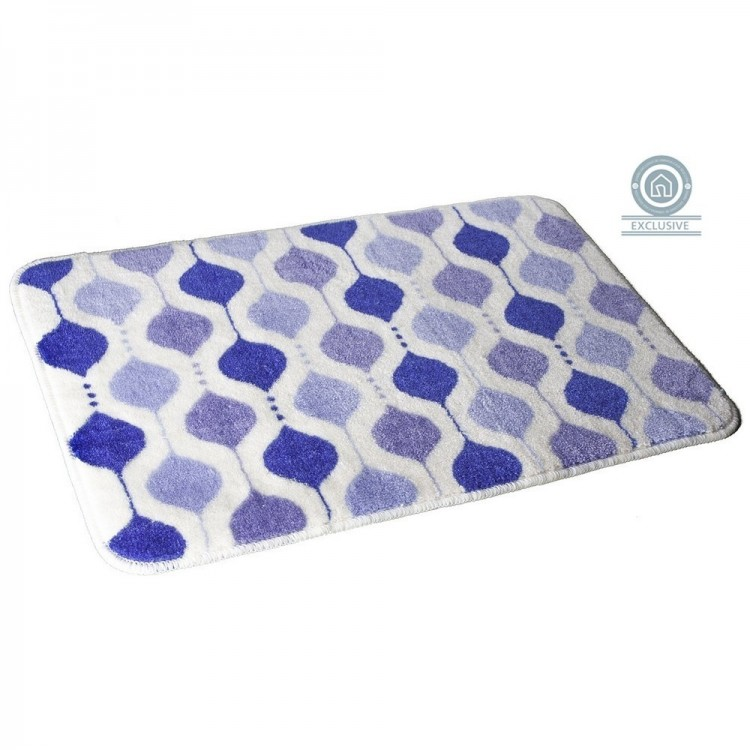 Alfombra de baño con detalles geométricos azules de Hogar y Mas