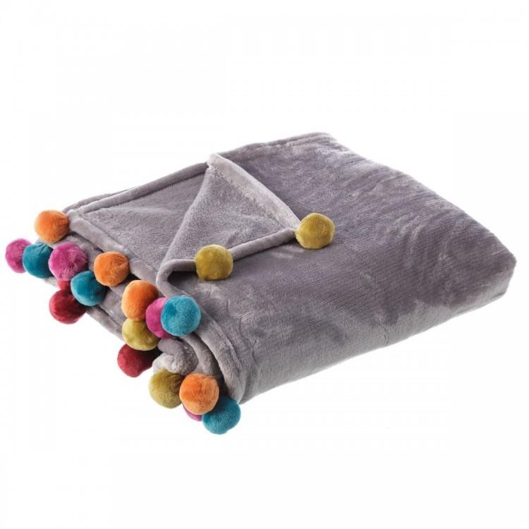 Manta de sofa gris, tacto melocotón, con pompones de colores