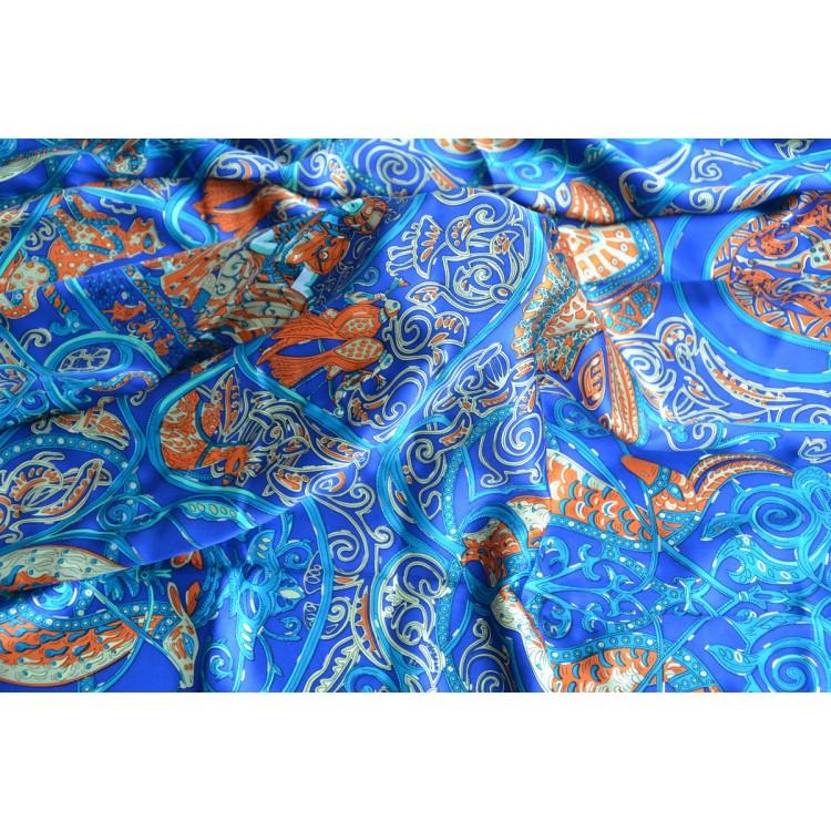 Pañuelo  de seda 100% natural, modelo Cinthya Azul , de Hogar y Mas