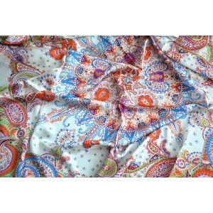Pañuelo  de seda 100% natural, modelo mandala beige, de Hogar y Mas