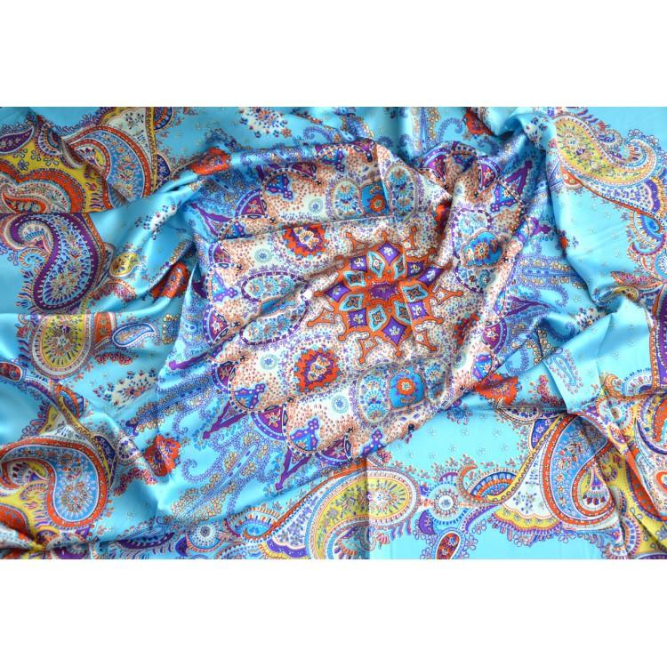 Pañuelo  de seda 100% natural, modelo mandala azul, de Hogar y Mas