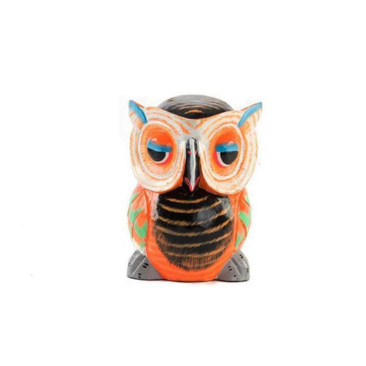 Figura de Buho colorido étnico de madera tallada diseño de Tótem . Hogar y más