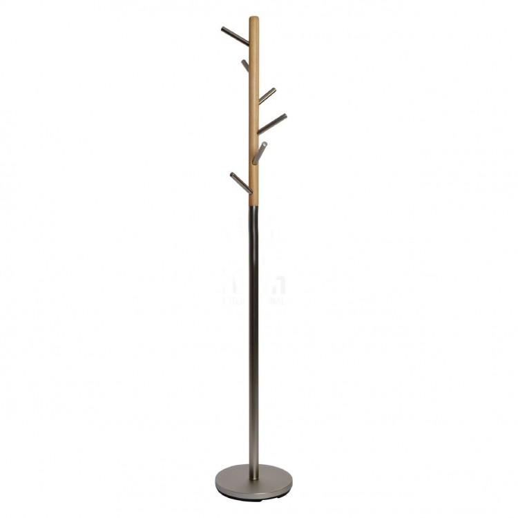 Perchero de pie moderno de acero cromado y de madera. Hogar y Más