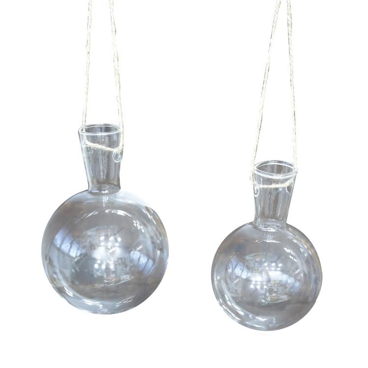 Macetero colgante de cristal transparente set de dos unidades. Diseño elegante y original.