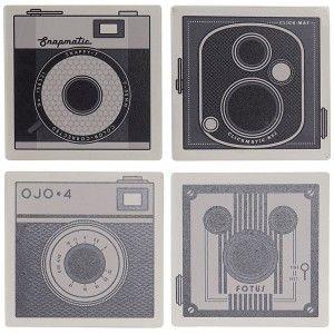Set de 4 Posavasos, Cuadrados, Con Diseño de Cámara, Realizado en Dolomite. Diseño Vintage/ Moderno  10,8X10,8X0,7 cm